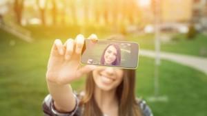 selfie-mania-620x350